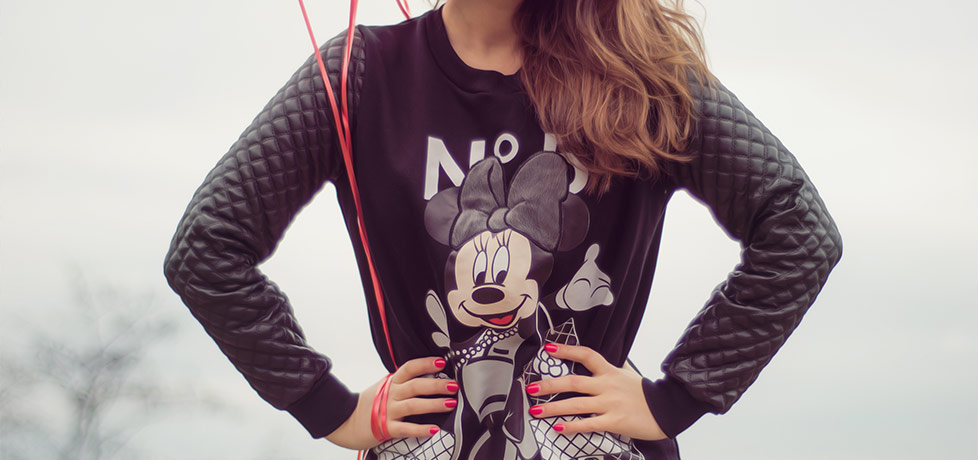 tinuta casual bluza mickey minnie mouse disney iulia andrei fashion blog header