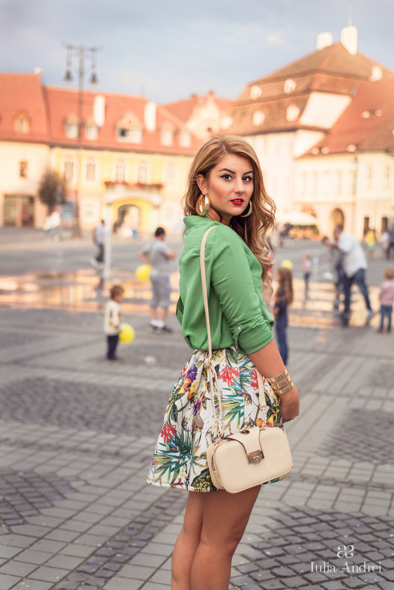 Iulia Andrei Fashion Blog - Chasing Summer with Tropical Print at Be Creative 3, Sibiu 2014