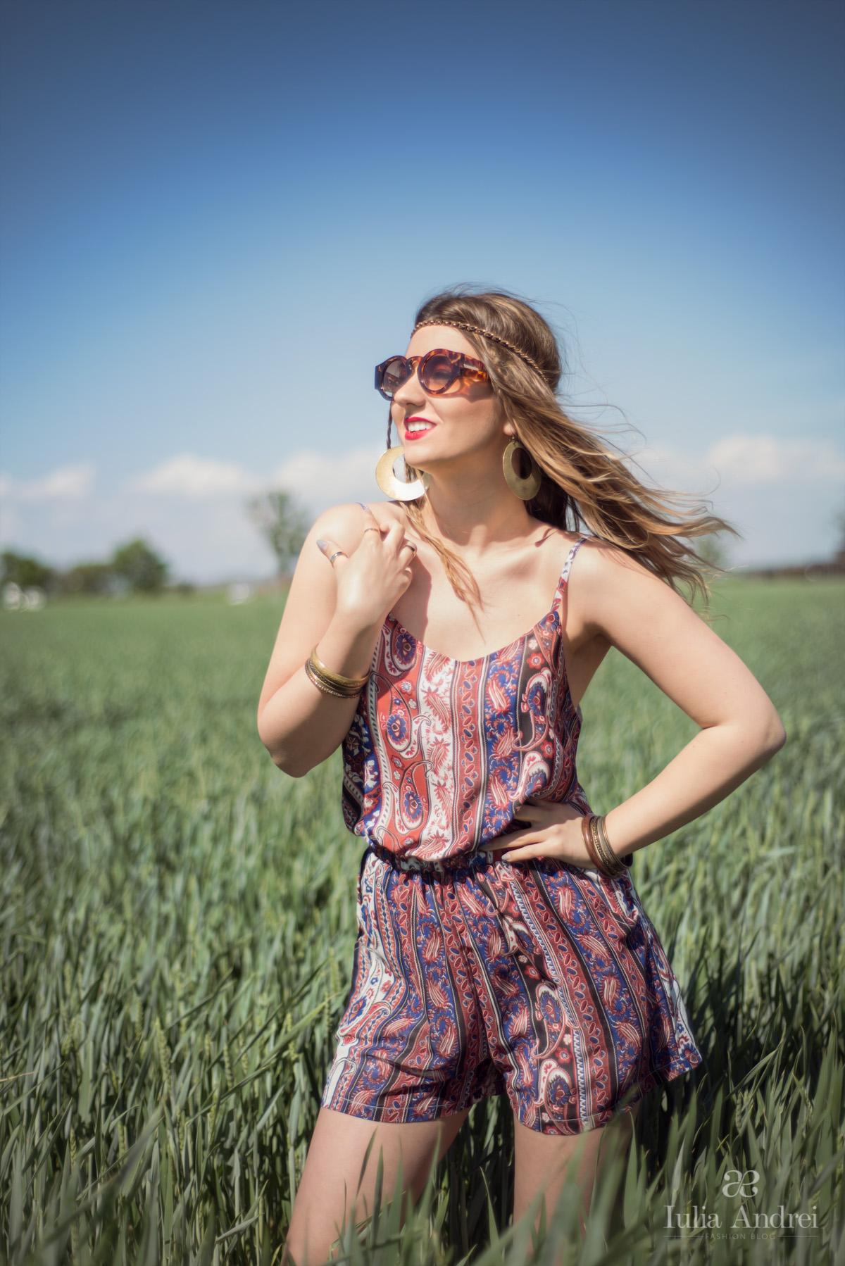 Salopeta boho cu imprimeu iulia andrei fashion blog Bohemian style fashion blogs