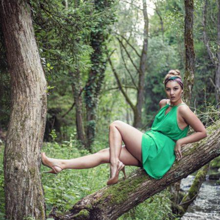 Into the Wild, Rochia Verde