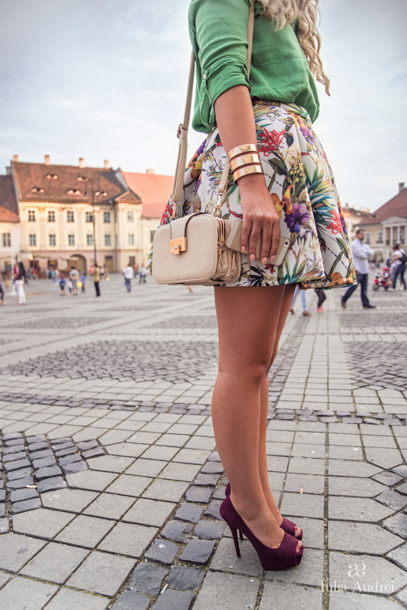 Iulia Andrei Fashion Blog - Chasing Summer with Tropical Print at Be Creative 3, Sibiu 2014