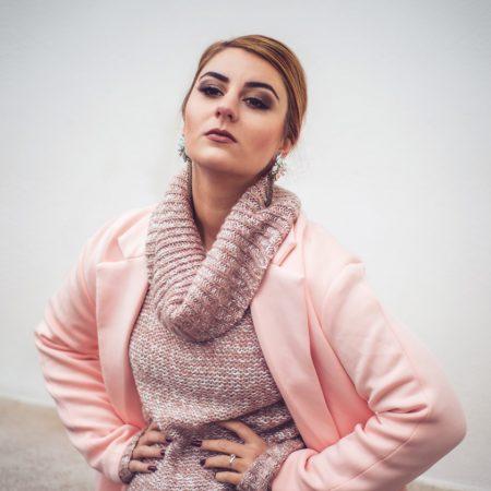 Toamna in culori pastelate si tricotaje, Paltonul powder pink