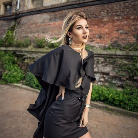 Rochia potrivita in orice moment – The black strip dress