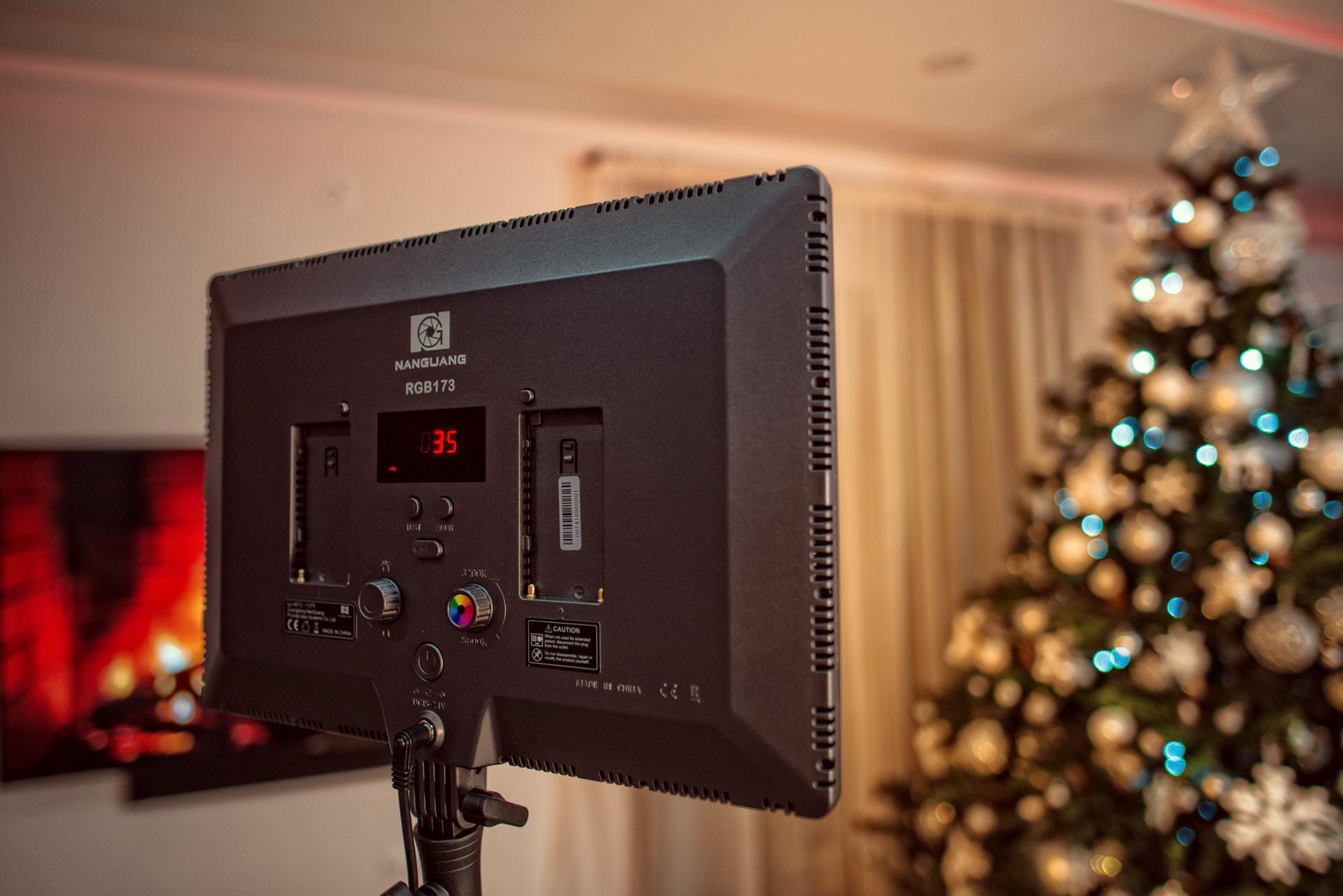 Ce aparatura foto video folosim