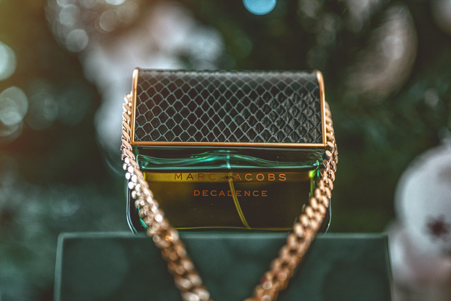 Parfum Marc Jacobs Decadence - Cadou perfect de Craciun