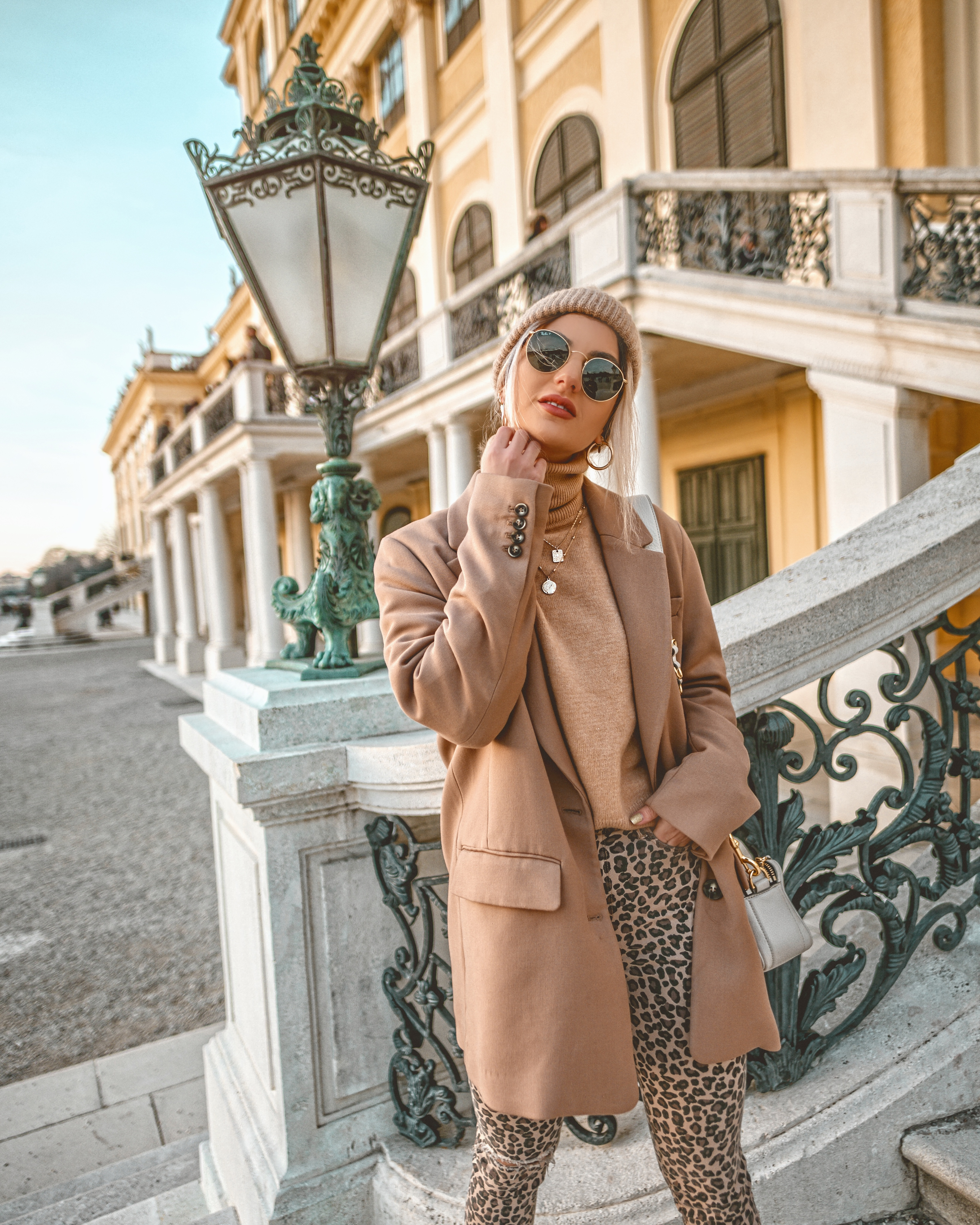 Cel mai purtat trend de catre influenceri BLAZERUL_Iulia Andrei