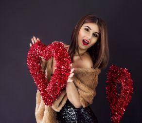 Ținută feminină de Ziua Îndrăgostiților ♥